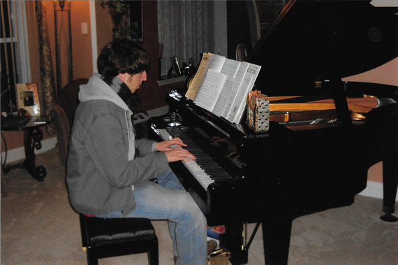 Alex despondant at the piano 2006